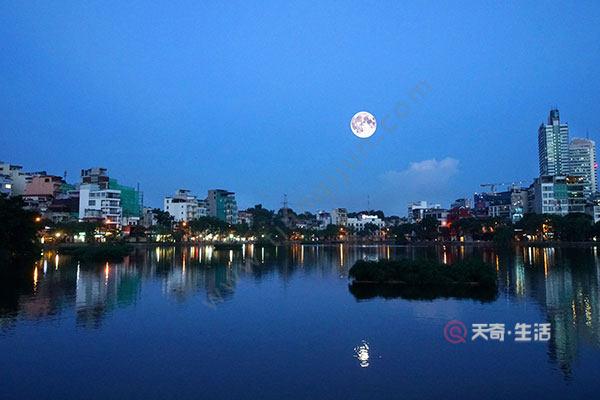 越南10月很冷吗