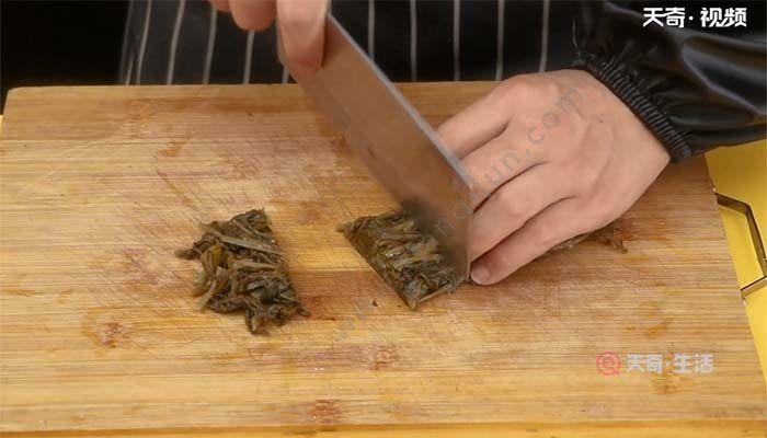 甜椒炒酸菜的做法 甜椒炒酸菜怎么做