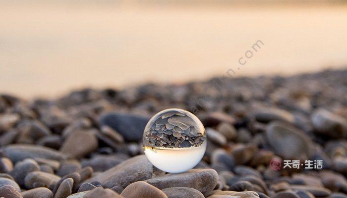 水晶球的故事