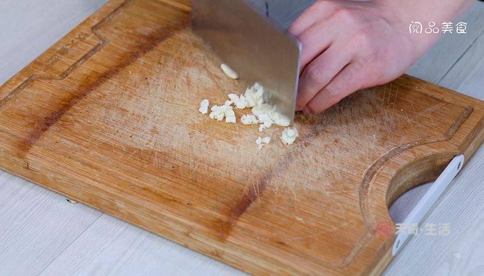 尖椒炒鸡蛋的做法  尖椒炒鸡蛋怎么做